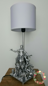 Lampe figurines d'action