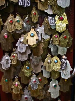 dd3705d63ab437a97ab3ae4407971568--hamsa-jewelry-fez-morocco
